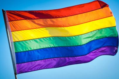 Cartagena se tiñe de colores  por el 17 de mayo.